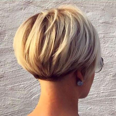 Short-Blonde-Bob Short Bob Haircuts 2019
