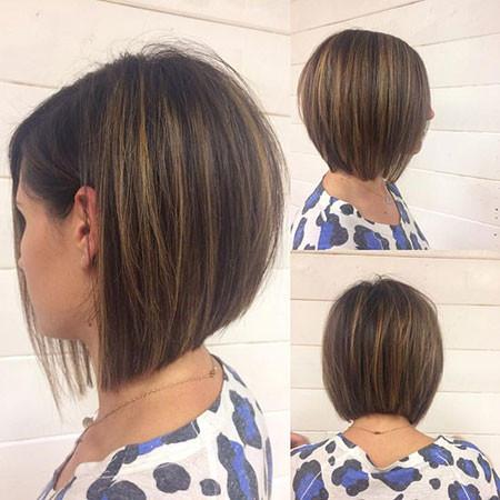 Short-Brunette-Bob-Hairstyle Popular Short Haircuts 2018 – 2019