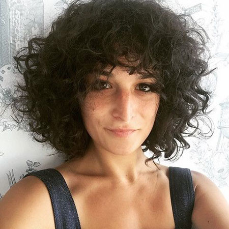 Short-Curly-Haircut Popular Short Curly Hairstyles 2018 – 2019