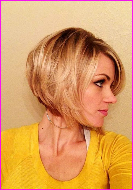 Short-Hair-with-Bangs Short Bob Haircuts 2019