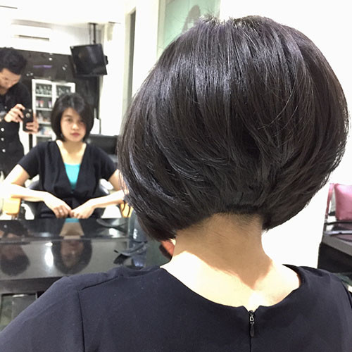 Short-Layered-Bob-Haircut-1 Popular Short Haircuts 2018 – 2019
