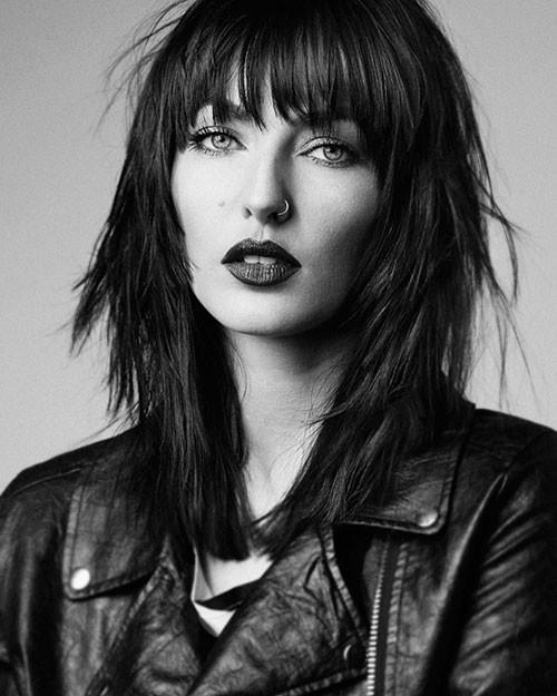Short-Layered-Hair-with-Bangs Short Layered Haircuts 2018 – 2019