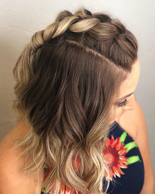 Short-Wavy-Hair-with-Braid Popular Short Haircuts 2018 – 2019