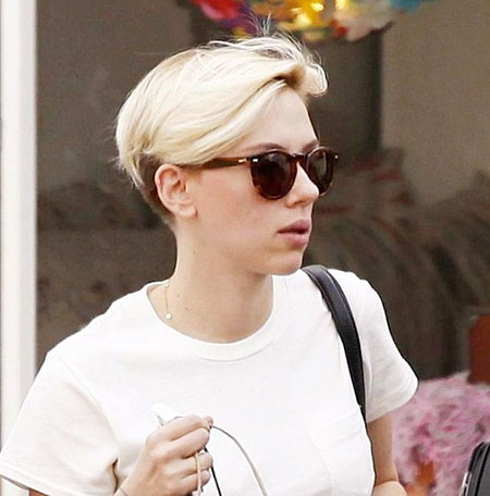 Simple-Blonde-Hair Scarlett Johansson Short Hairstyles