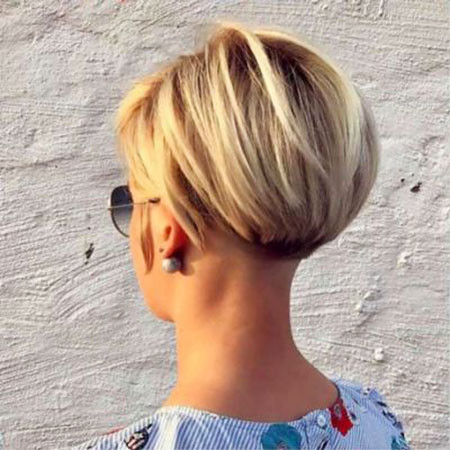 Stacked-Blonde-Bob Short Bob Haircuts 2019