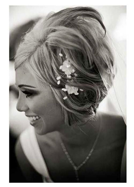 Stacked-Bob-with-Headpiece Wedding Hairstyles for Short Hair