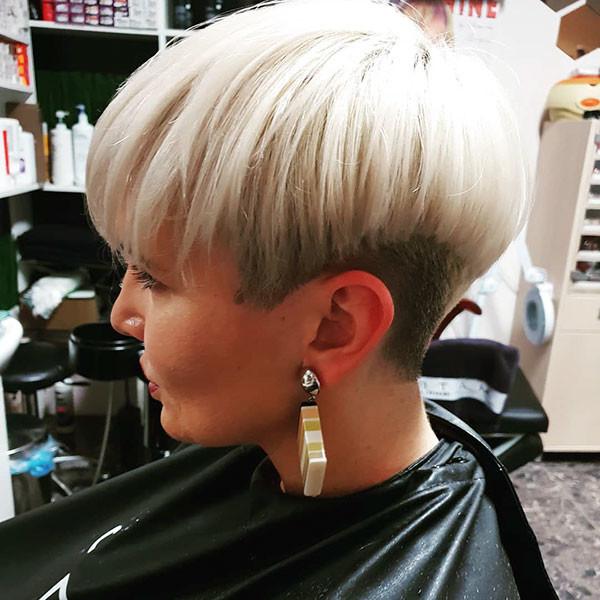 Straight-Pixie-Hair Short Straight Hairstyles 2019