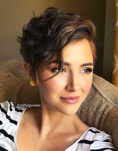 Wavy-Bangs-Short-Hair Best Short Haircuts for 2018-2019