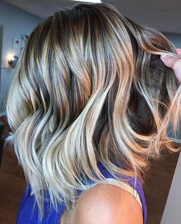 13-short-hairstyles-for-women-with-wavy-hair Best Short Wavy Hair Ideas in 2019
