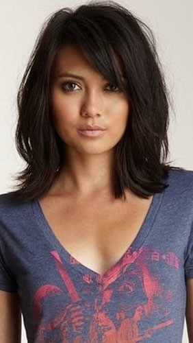 15-short-hairstyles-with-side-bangs Best New Short Hair with Side Swept Bangs