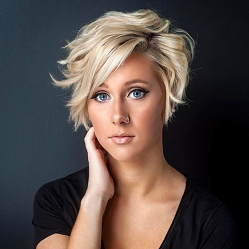 20-short-layered-hair-with-side-bangs Best New Short Hair with Side Swept Bangs