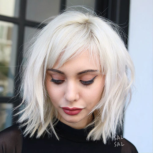 30-short-bob-with-side-bangs Best New Short Hair with Side Swept Bangs