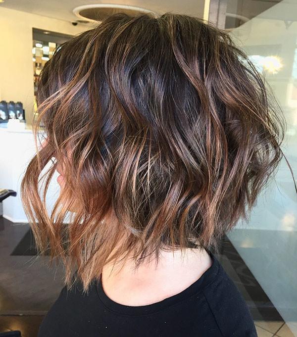 5-thick-short-bob Best Short Wavy Hair Ideas in 2019