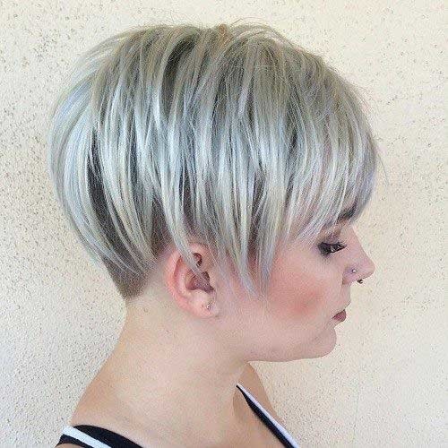 Ash-Blonde-Pixie-Hair-Cut Attractive Pixie Haircuts for Beautiful Women