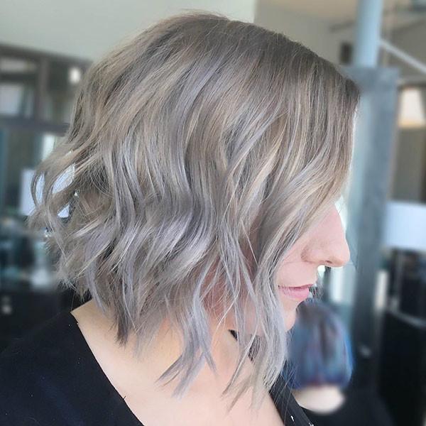 Ashy-Blone Best Short Wavy Hair Ideas in 2019