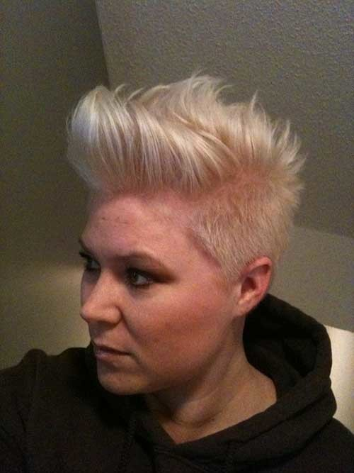 Blonde-Pixie-1 Attractive Pixie Haircuts for Beautiful Women