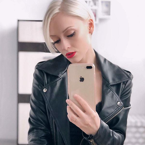 Blonde-Pixie-Hair-1 Popular Short Hairstyles for Fine Hair