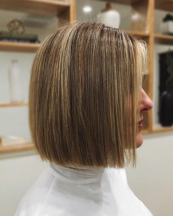 Blunt-Short-Haircut-1 Popular Short Hairstyles for Fine Hair