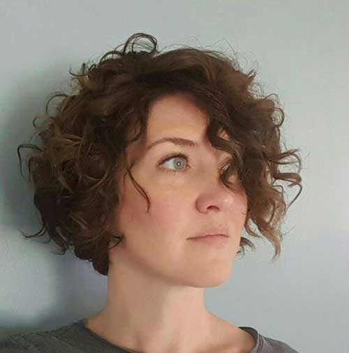 Curly-Brown-Short-Hairstyle Cute Short Hairstyles and Cuts You Have to See