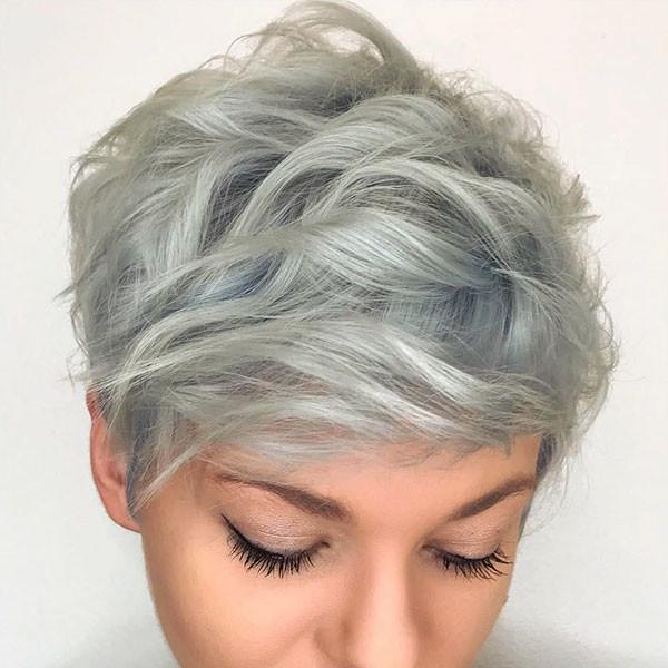 Cute-Pixie-1 Popular Short Hairstyles for Fine Hair