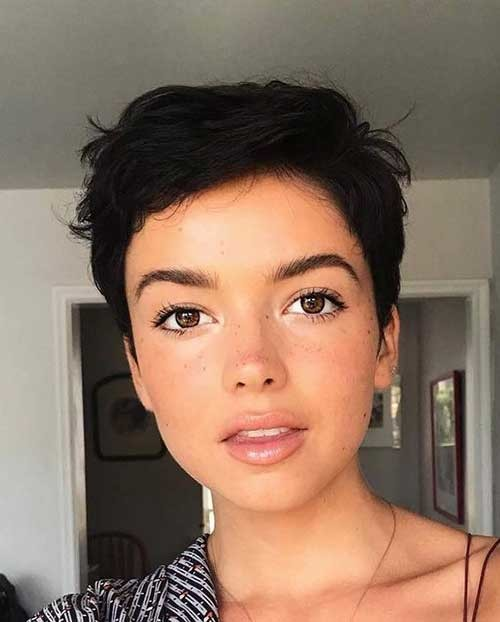 Cute-Short-Haircut-1 New Short Haircut Trends Women 2019