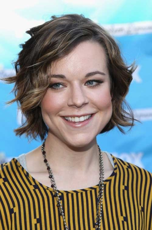 Cute-Short-Wavy-Hair Short Haircuts for Wavy Hair