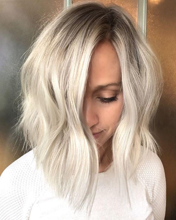 Dark-Roots-Blonde-Hair Popular Short Hairstyles for Fine Hair