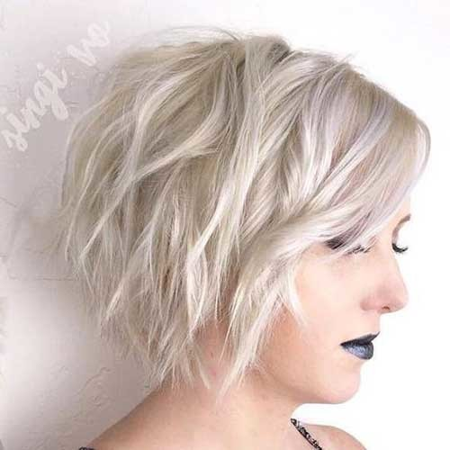 Graduated-Shaggy-Bob-Hairstyle Amazing Graduated Bob Haircuts for Modern Ladies