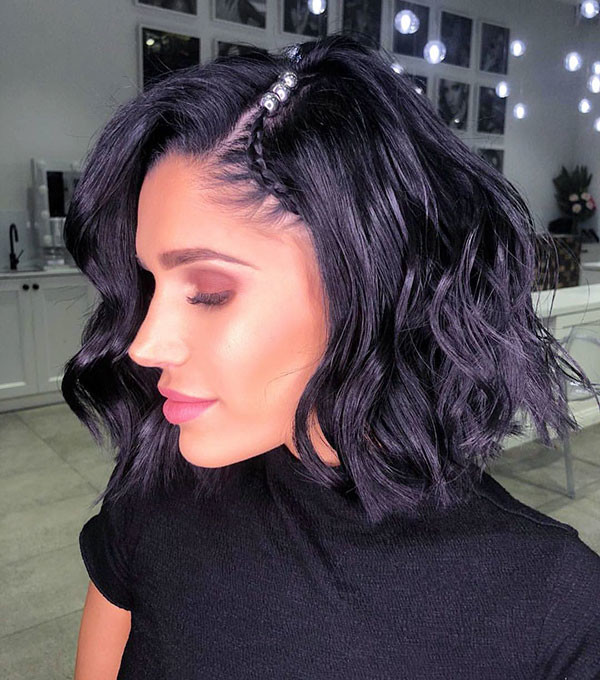 Little-Braid-On-Dark-Bob Amazing Braids for Short Hair