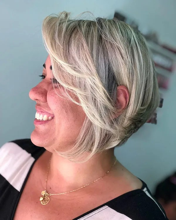 Pixie-Bob-with-Layers Best Short Hairstyles for Older Women in 2019