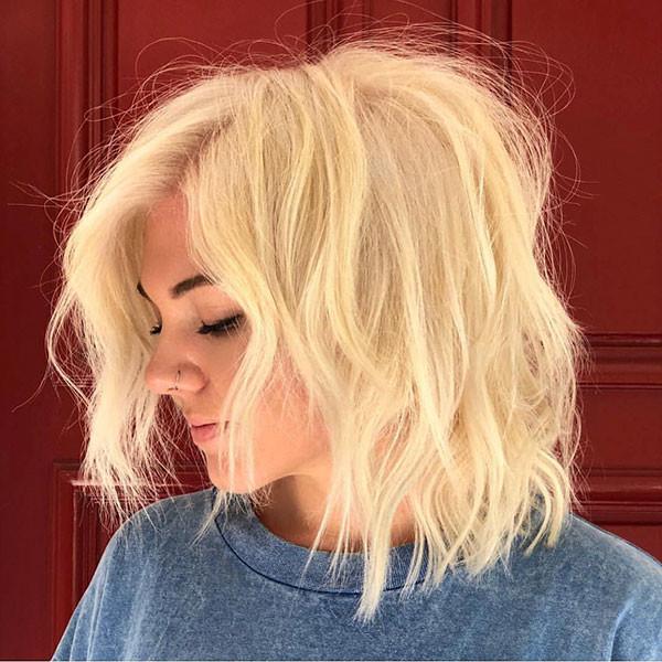 Shaggy-Layered-Bob Popular Short Hairstyles for Fine Hair