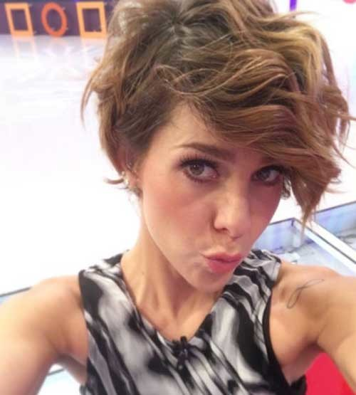 Thick-Hair-Pixie Cute Short Hairstyles and Cuts You Have to See