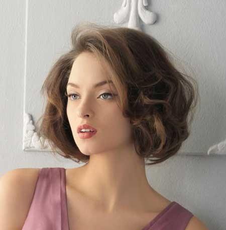 Voluminous-Brown-Vintage-Hair Vintage Hairstyles Short Hair