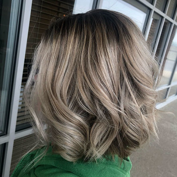 Wavy-Ends New Best Short Haircuts for Women
