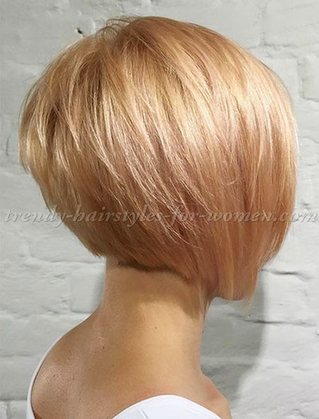 layered-Bob-Hairstyle Short Bob Haircuts for Women