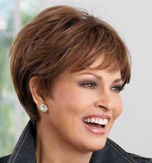 15.Short-Hair-Women-Over-50 Best Short Hair For Women Over 50