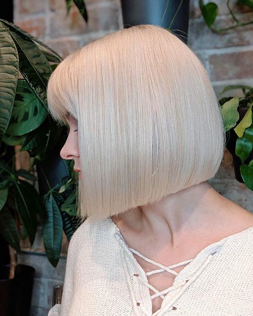 34-platinum-blonde-bob Famous Blonde Bob Hair Ideas in 2019