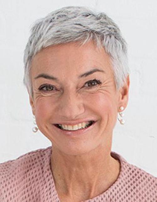 42-short-pixie-cuts-for-older-women Beautiful Pixie Cuts for Older Women 2019