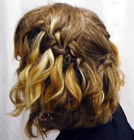 Amazing-Waterfall-Braid-Hairdo-for-Short-Wavy-Hair Short Braided Hairstyle