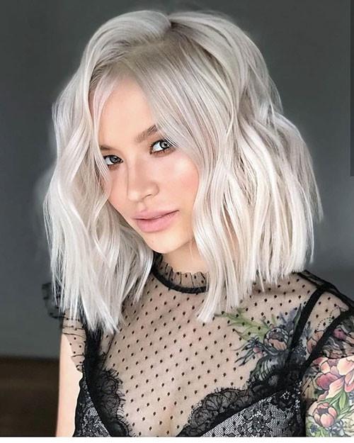 Blonde-Wavy-Bob Famous Blonde Bob Hair Ideas in 2019