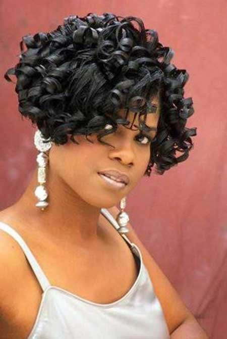 Cool-Appealing-and-Sassy-Curly-Bob-Haircut Nice Short Hairstyles for Black Women