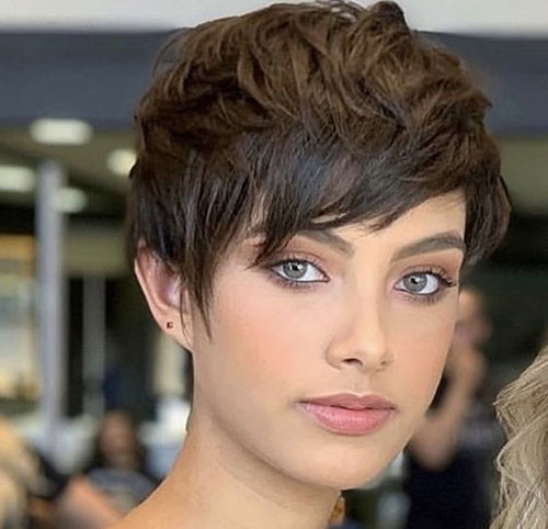Pixie-with-Side-Bangs Latest Short Haircuts for Women 2019