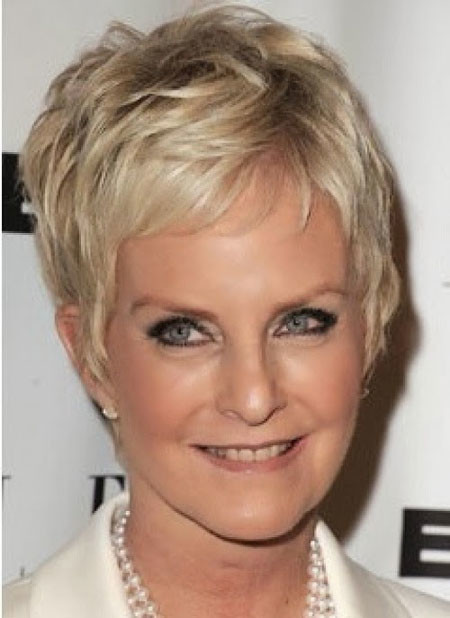 Short-Blonde-Messy-Hair Short Hair for Older Women