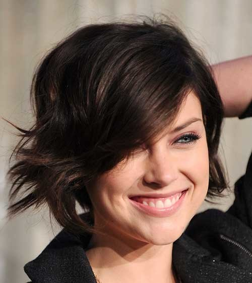 Short-Layered-Dark-Bob-Hairdo Short Hairstyles for Dark Hair