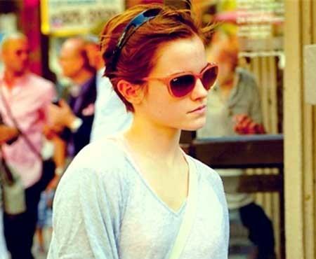Short-Natural-Wavy-Hair Beautiful Short Celebrity Hairstyles