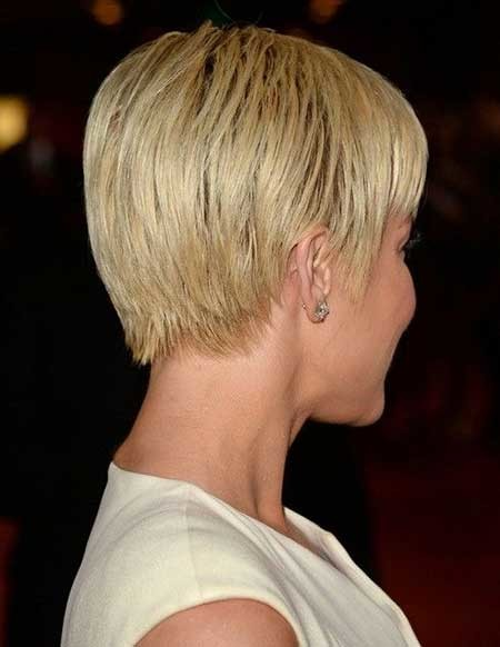 Simple-Sleek-Short-Pixie-Haircut Short Pixie Cuts for Women