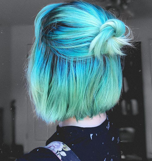 14-short-hair-with-blue-highlights Popular Short Blue Hair Ideas in 2019