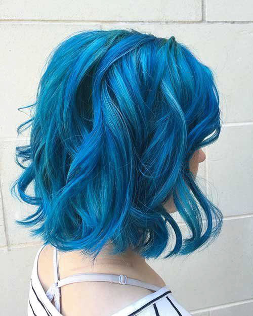 26-short-hair-with-blue-highlights Popular Short Blue Hair Ideas in 2019