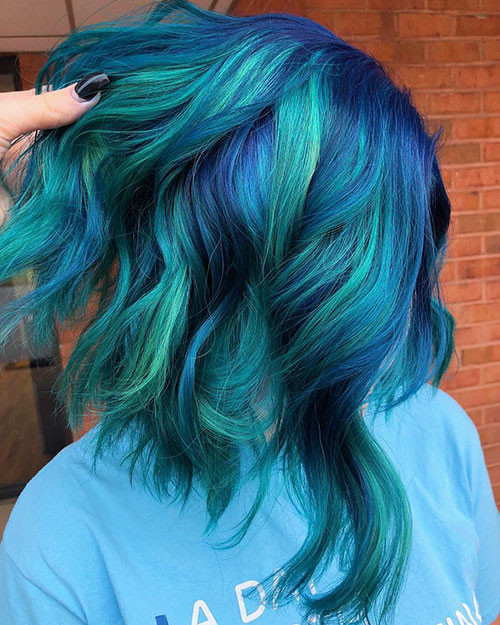36-short-hair-with-blue-highlights Popular Short Blue Hair Ideas in 2019