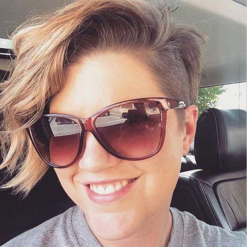 Asymmetrical-Side-Swept-Short-Hair Asymmetrical Short Haircuts for Fabulous Look
